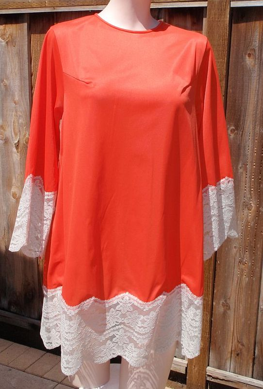 Vintage 70s Bright Coral Chemise Short Nightgown by Gilead