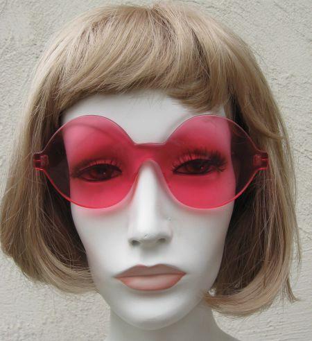 Vintage 60's Italian PINK Twiggy Sunglasses
