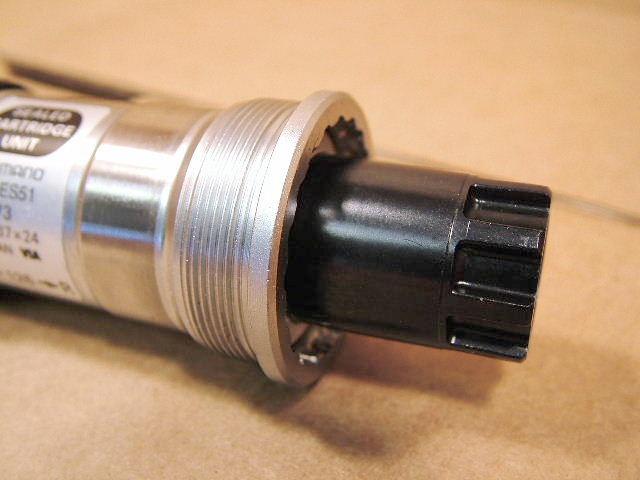 NEW Shimano BB-ES300 Octalink Inner Bearing 73x126 MM