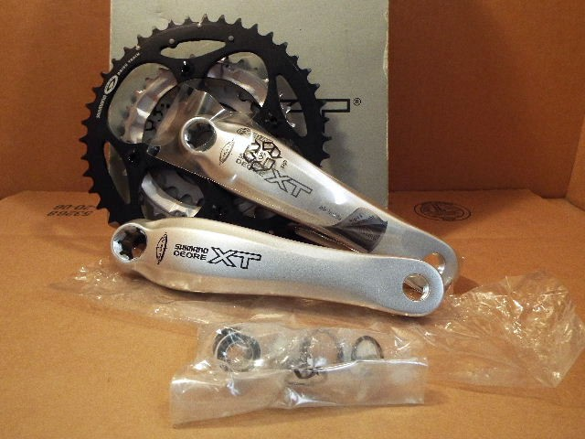 Shimano Deore XT Triple Crankset for rear 10 speed BSA BB included 42//32//24...