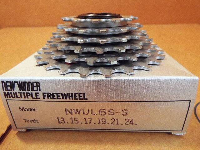 14x19 New-Old-Stock Suntour Pro-Compe Ultra 6-Speed Freewheel w//Silver Finish