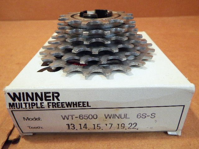 13x22 New-Old-Stock Suntour Winner Pro Ultra 6-Speed Freewheel w//Silver Finish