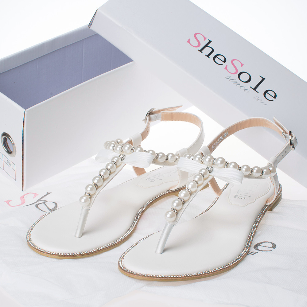 Free shipping on women's sandals at katherinarachela7xzyt.gq from the best brands including Birkenstock, Tory Burch, Steve Madden, and more. Shop for slide sandals, flip-flops, thong sandals, flat sandals and more. Free shipping and returns.