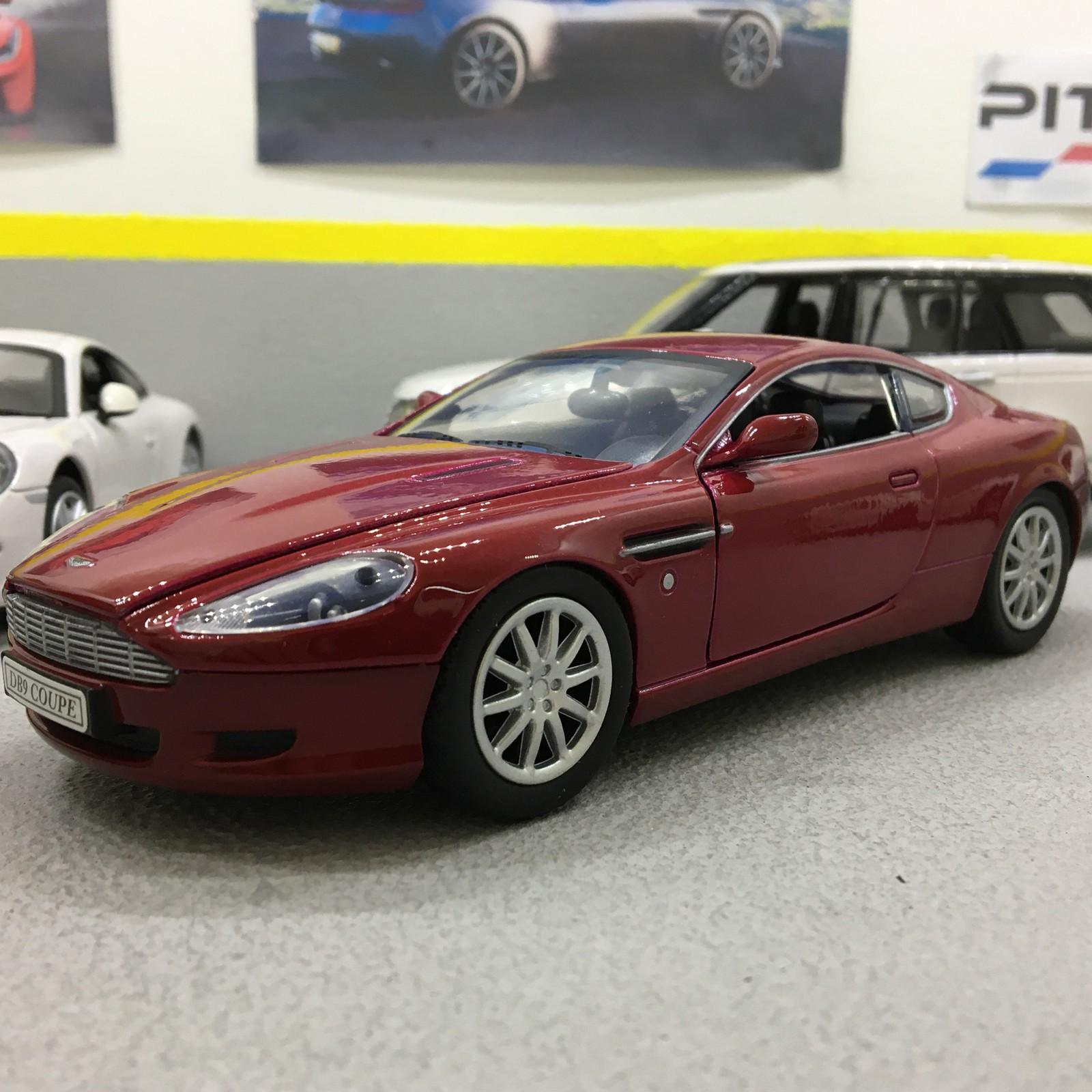 Aston Martin DB Coupe Magna Red Scale DieCast Model Car - 2007 aston martin db9