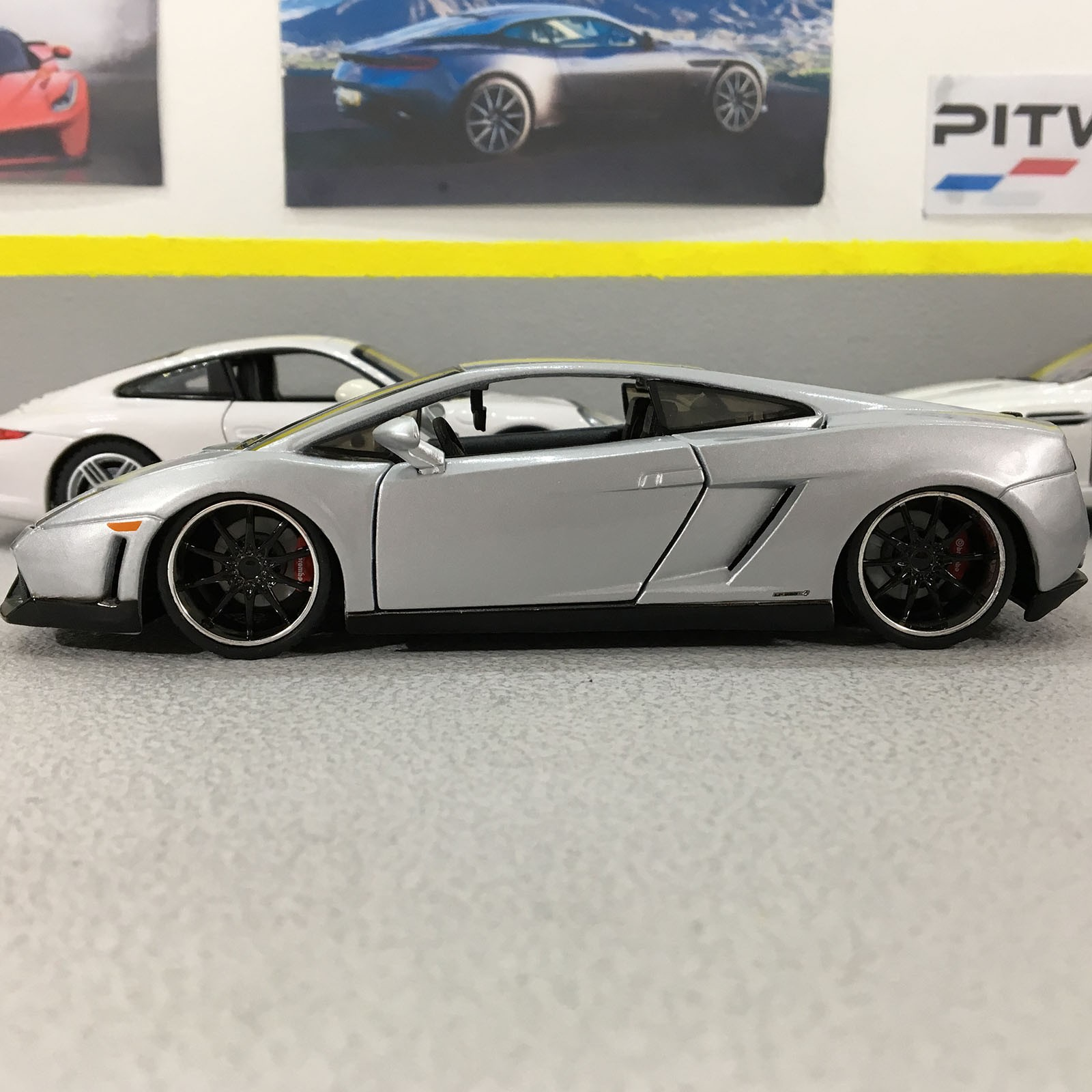 Lamborghini Gallardo Lp560 4 Silver 1 24 Scale Die Cast Model Car