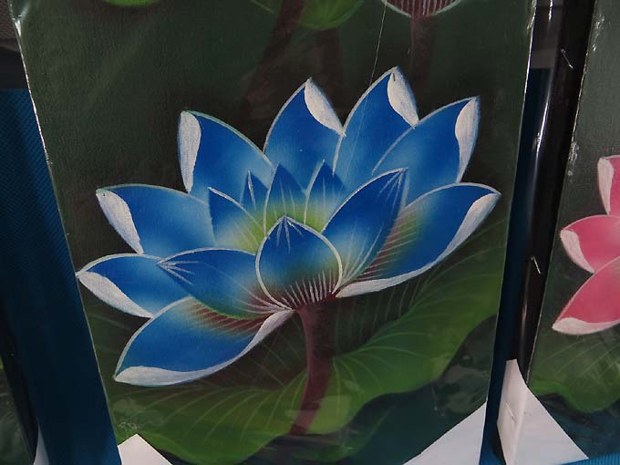 6 pcs wholesale lotus flower balinese oil painting on canvas lotus flower bali painting balinese oil painting on canvas each one is unique and handpainted by balinese artists the canvas is stretched on a wooden mightylinksfo