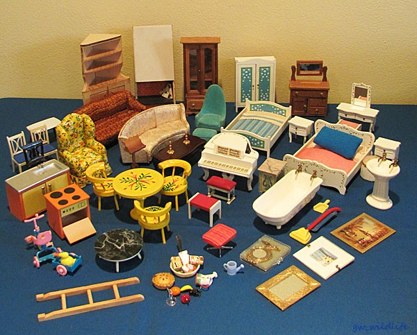 Lot Doll House Furniture Chrysnbon Reevesline Formerz Lundby Petite Princess