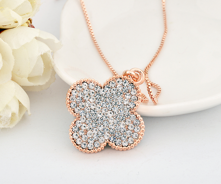 17ff273abc4dd5 Details about 18K Rose GOLD GF Swarovski Crystal 3CM Four Leaf Clover Lucky Pendant  Necklace