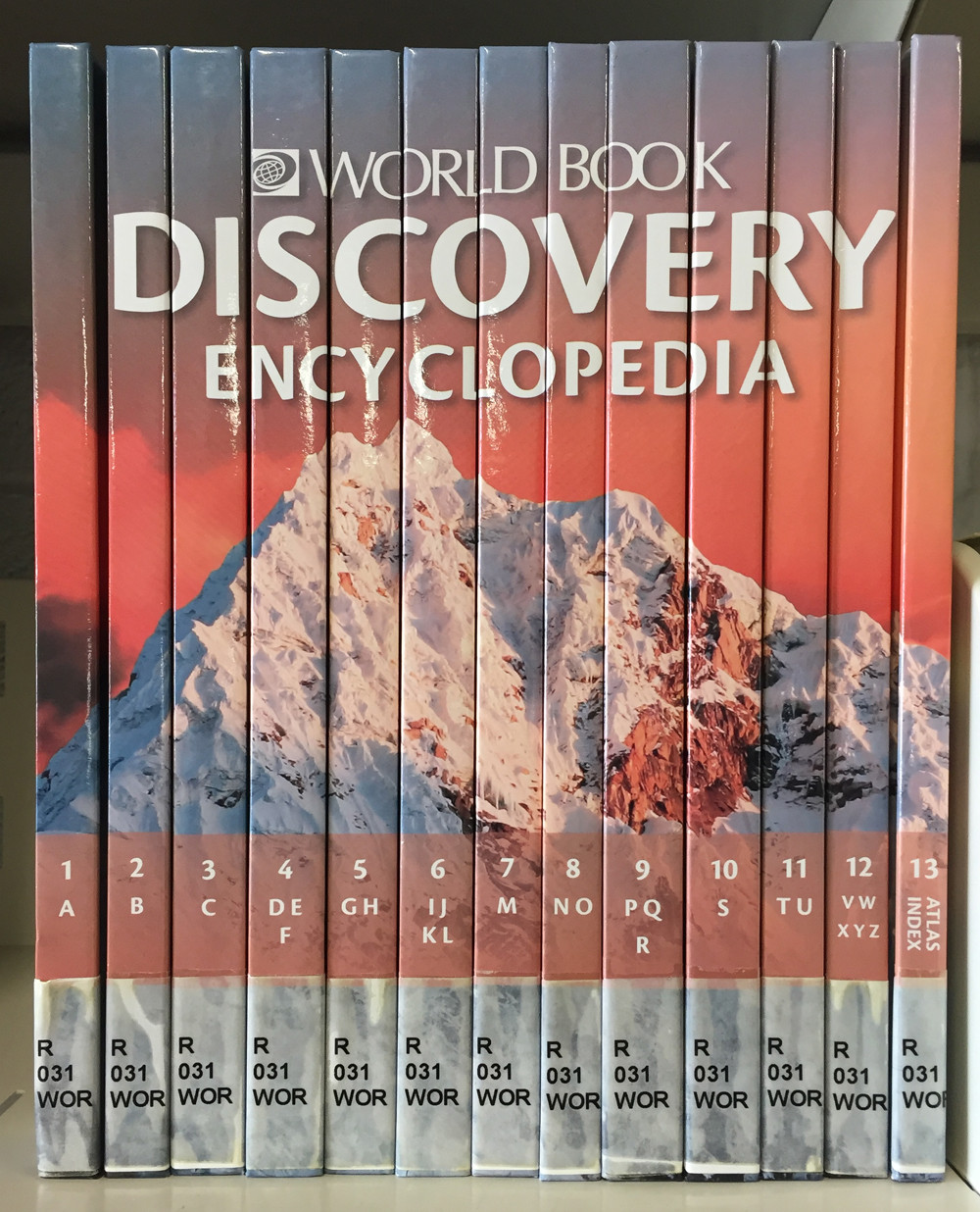 Image 0 of World Book Discovery Encyclopedia, 2013