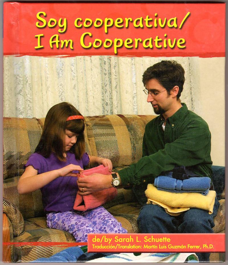 Image 0 of Soy Cooperativa/I Am Cooperative (Pebble Bilingual Books) (Spanish Edition)