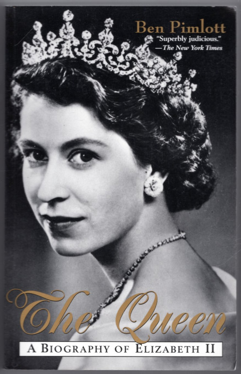 Image 0 of The Queen: A Biography of Elizabeth II