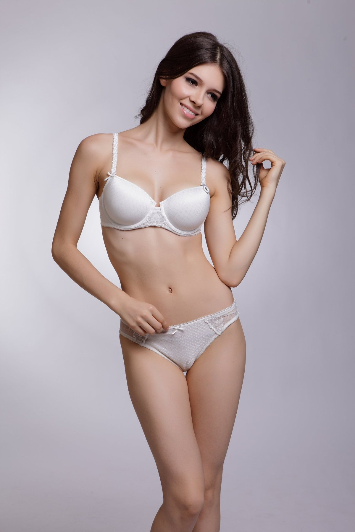 with matching panties E et D S42244 Embroidery balconette Bra diff colours