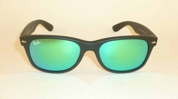 311444c2f566d RAY BAN Sunglasses Matte Black Rubber WAYFARER RB 2132 622 19 Green ...