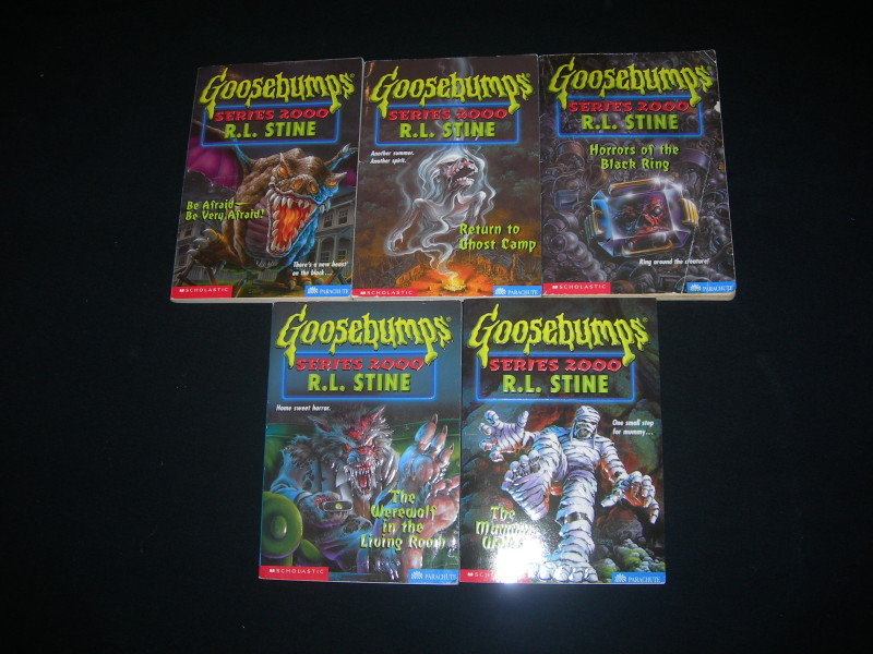 Complete goosebumps 2000 series 1 25 r l stine out of - Goosebumps werewolf in the living room ...