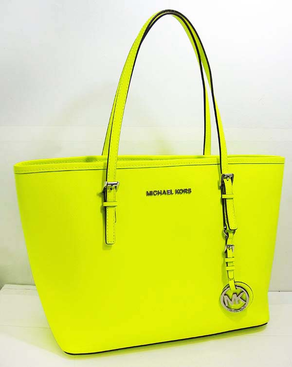 4a5729870bbe8c ... 100% AUTHENTIC MICHAEL KORS JET SET NEON YELLOW SAFFIANO LEATHER SMALL TOTE  BAG ...