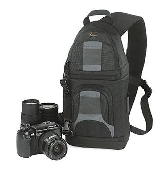 Да с профессиональными сумками не сравнится.  А вот как универсальная сумка...  GSB_serj 09-03-2010 12:47.
