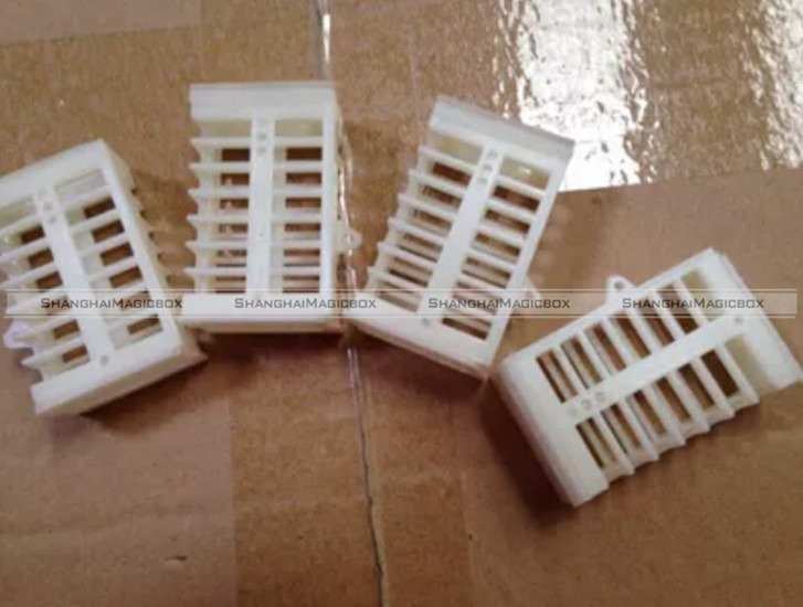 10 xFunctional Queen Cage Bee Match-box Moving Catcher Cage Beekeeping Tool