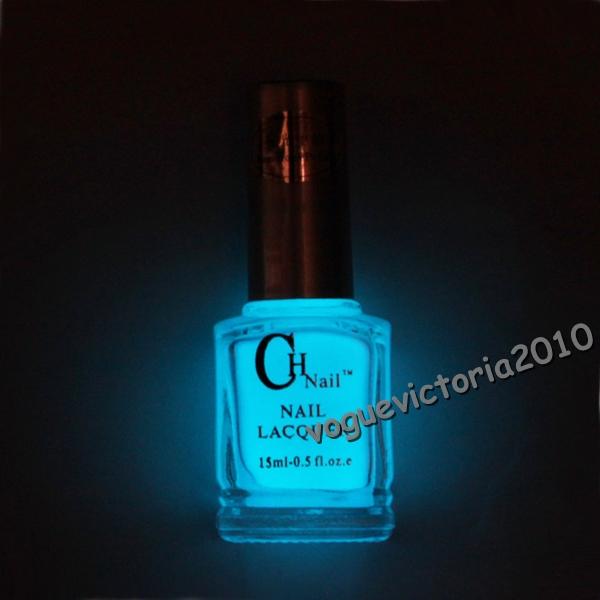 leucht neon nagellack leuchtet im dunkeln uv bei schwarzlicht licht 02 ebay. Black Bedroom Furniture Sets. Home Design Ideas
