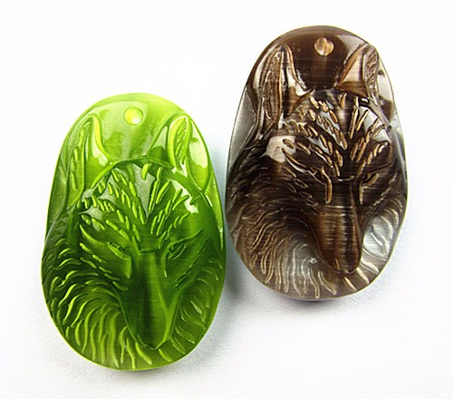2PCS Beautiful unique brown green cat eye carved wolf head pendant bead Vk5088